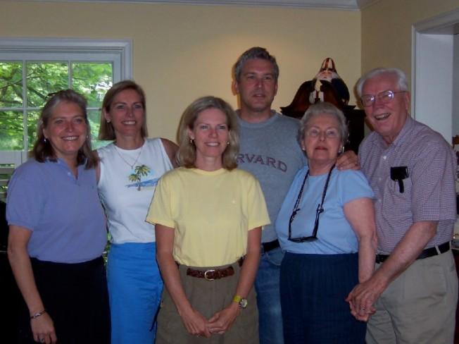 Julie, nan, lisa, tim, mom and dad